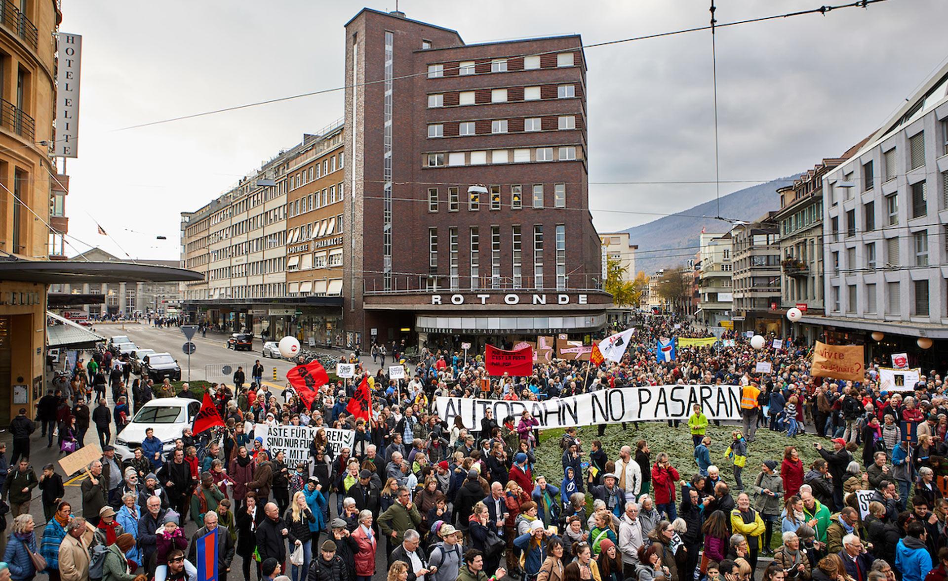 La deuxième grande manifestation du 16.9.2018 a mobilisé les masses.